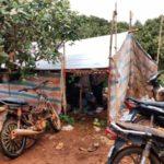 Unterkunft Arbeiter, Edelsteinabbau in Rattanakiri